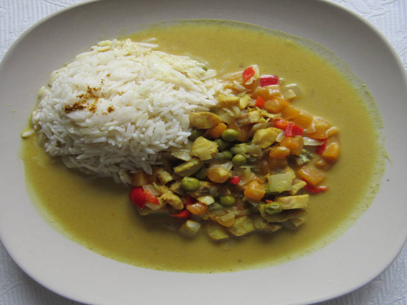 Fruity Fish Curry